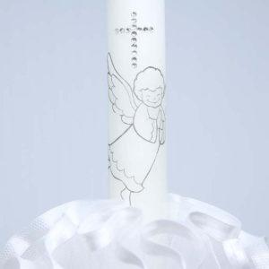 Angel white detalj anđela na svijeći za krštenje