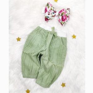 mint zelene bagy hlače s trakicom