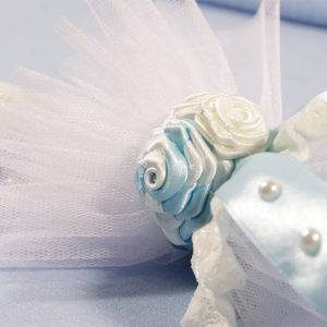 detalj bogatog ukrasa svijeće Blue sky pearl