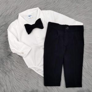 bijela bodi košulja u kompletu za bebe