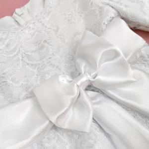 detalj Brigita haljine za krštenje