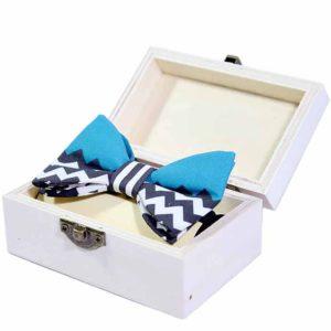 chevron leptir mašna u poklon kutiji