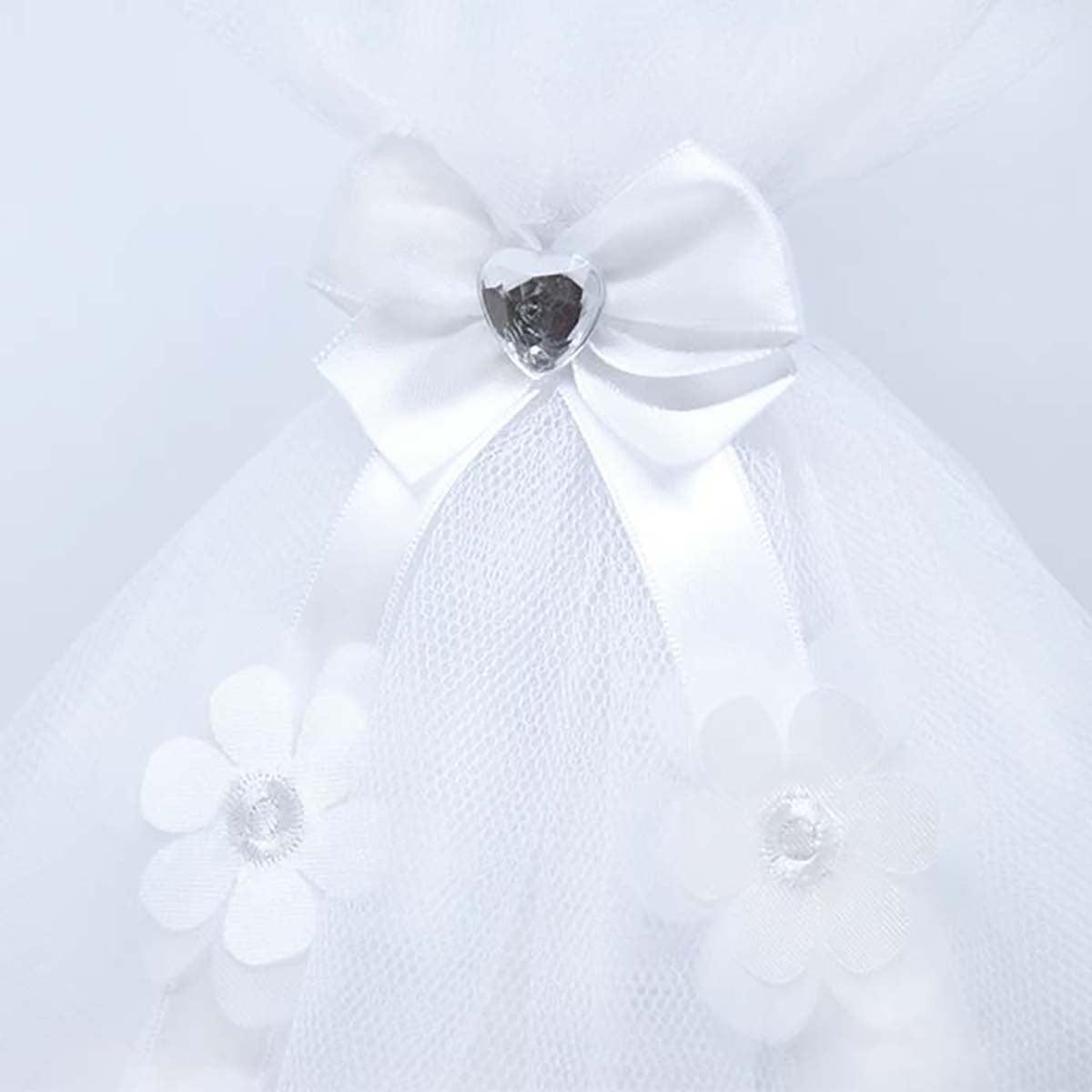 detalj bijele svijeće za krštenje Diamond daisy