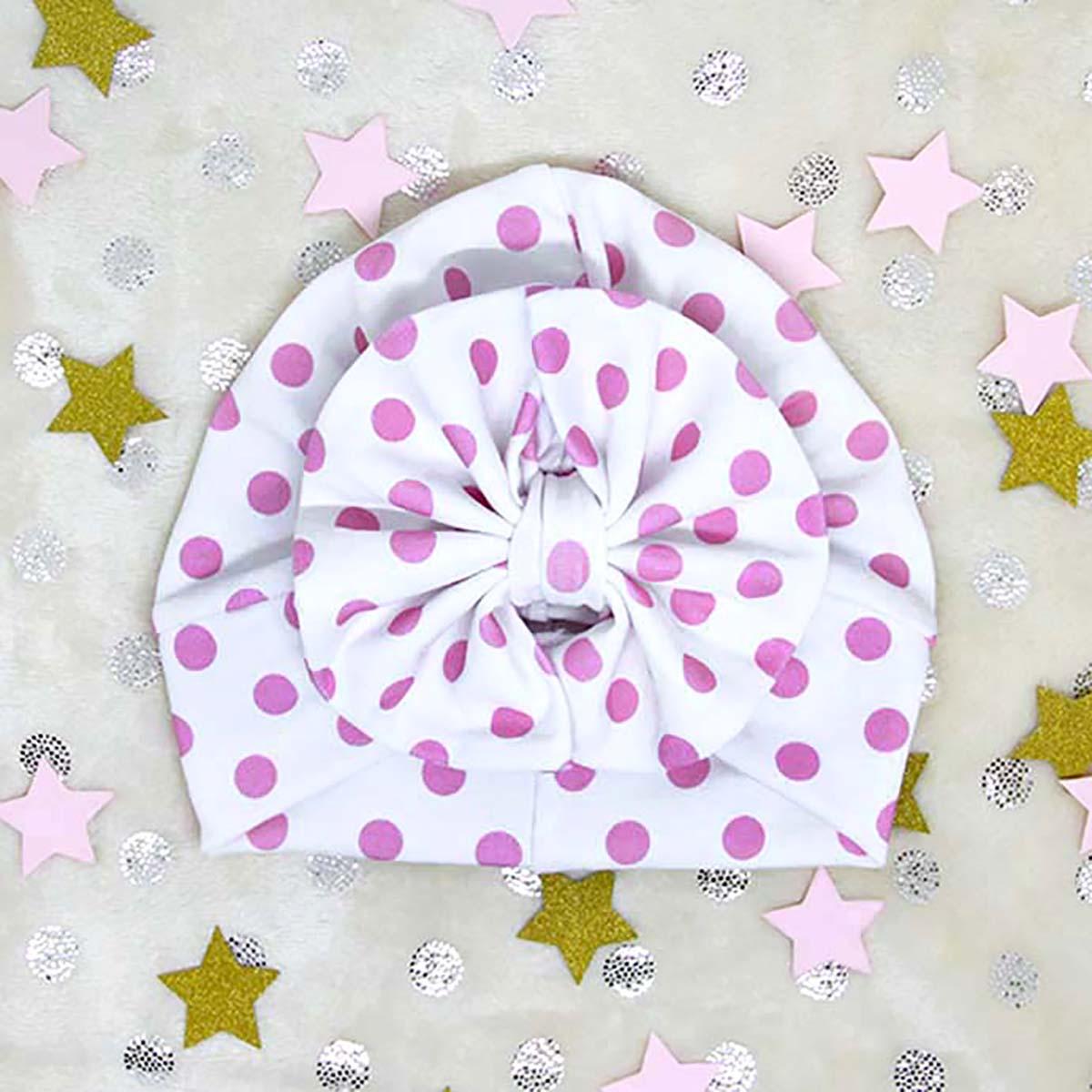 diva model turbana s rozim točkicama