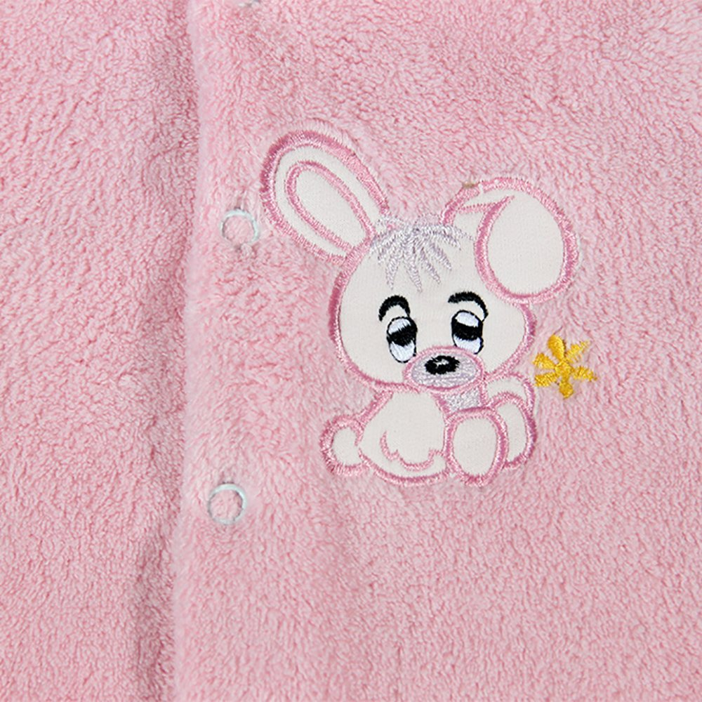 Pospani zeko na svijetlo rozom kombineoznu za bebe