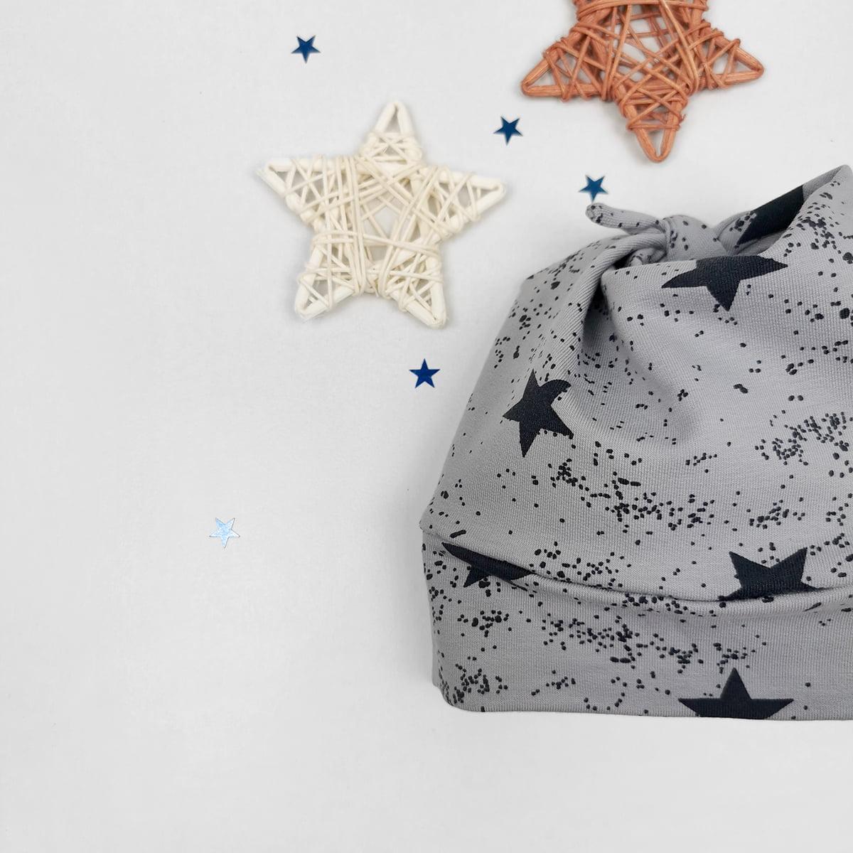 siva kapica za bebe na zvijezdice