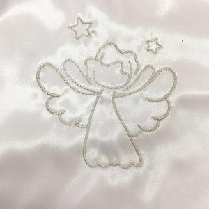 anđeo na krsnoj košuljici srebrni