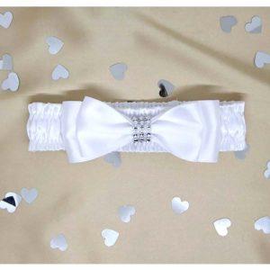 bijela mašna na svečanoj bijelog trakici
