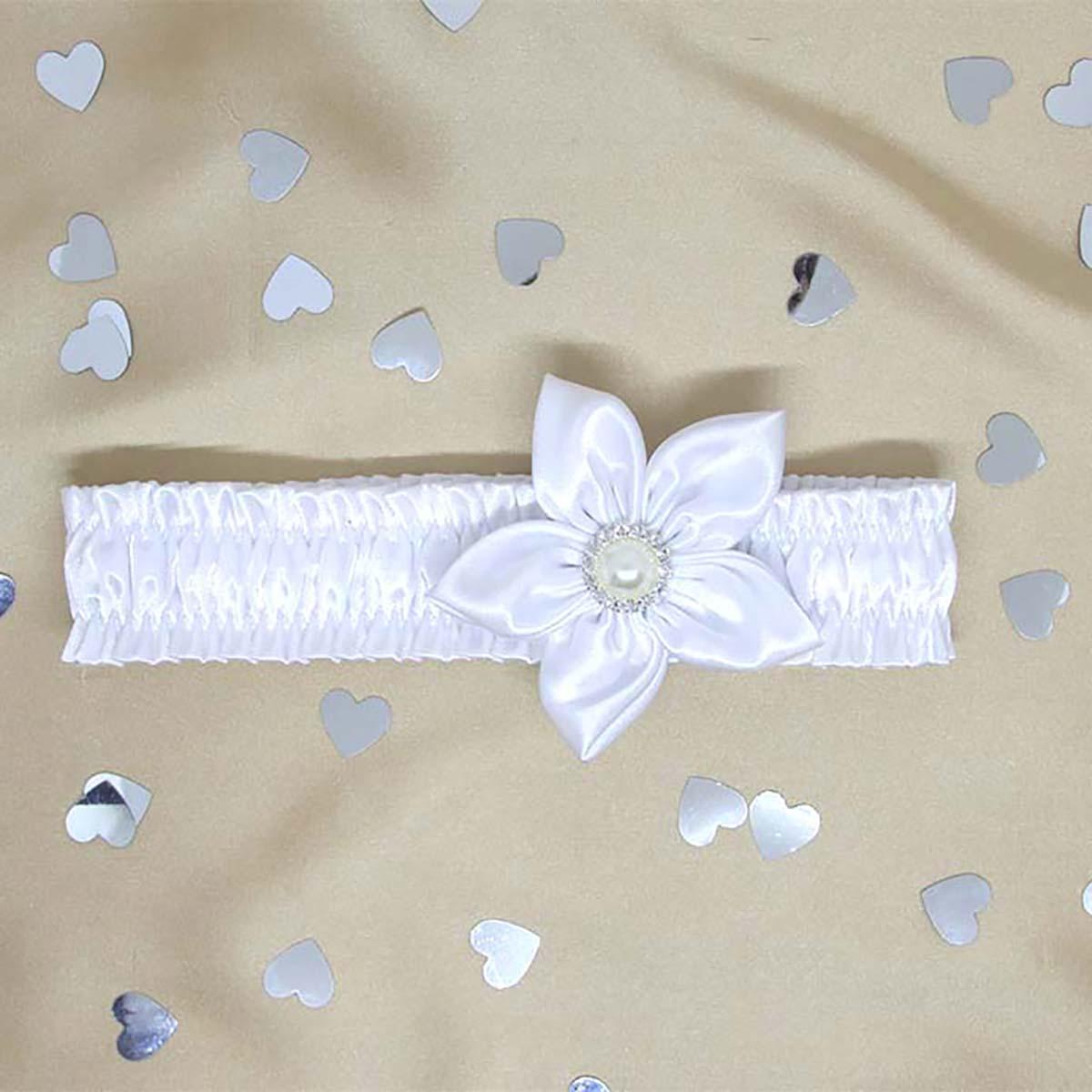 trakica za krštenje bijeli cvijet