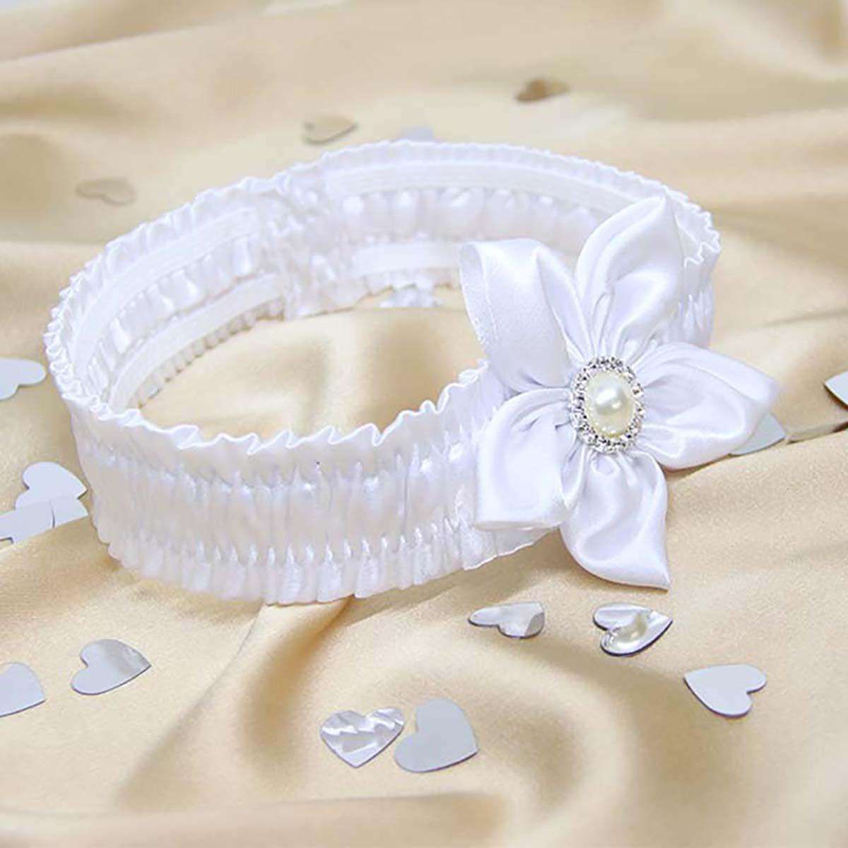 bijela trakica za krštenje s cvijetom