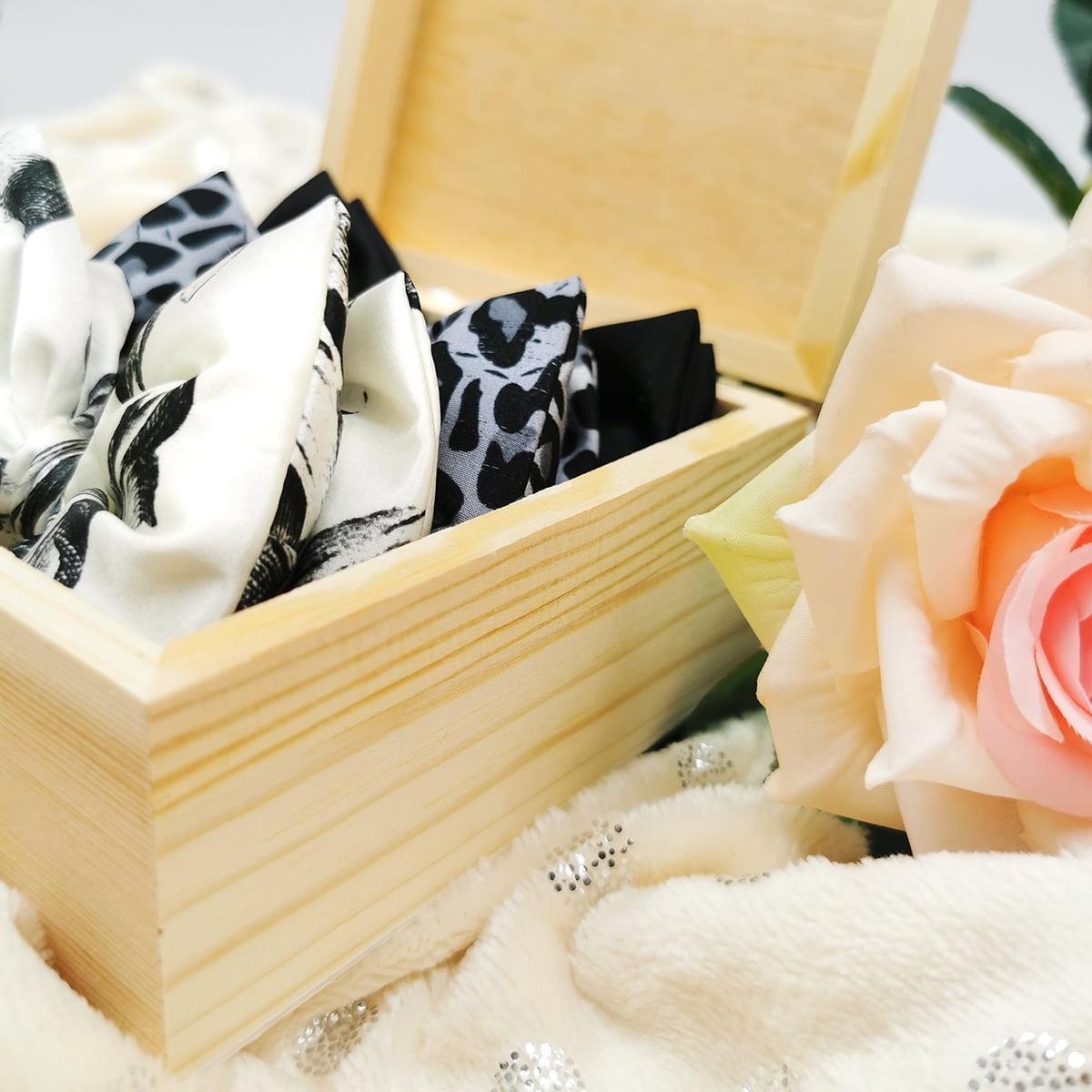 drvena poklon kutija s mašnama je savršen poklon