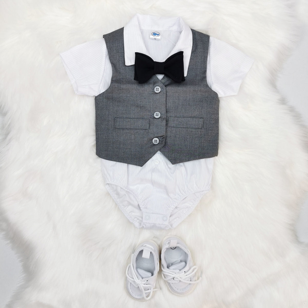 sivi prsluk ljetno odijelo za bebe