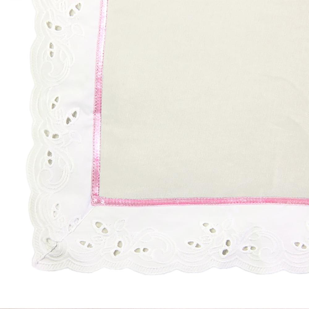 Čipkani rub plišane bijele deke