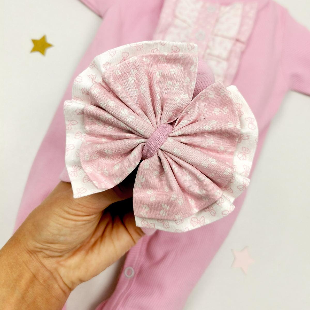 mašnica rozog kompleta za bebe