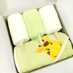 zeleni set od 1 velikog i 3 mala ručnika