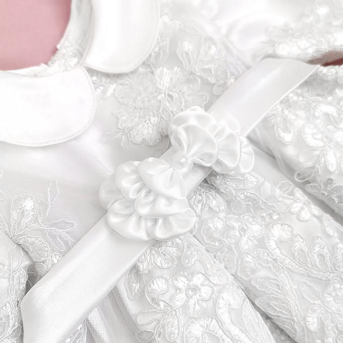 detalj haljine Snow white lace
