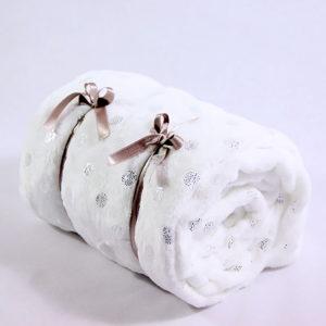 Debela i topla dječja deka