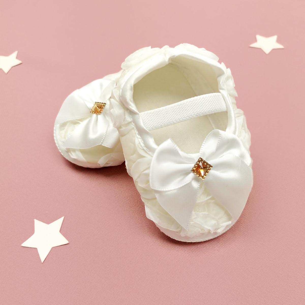 cipelice za krštenje boje vanilije