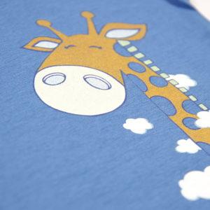 žirafa print na majici