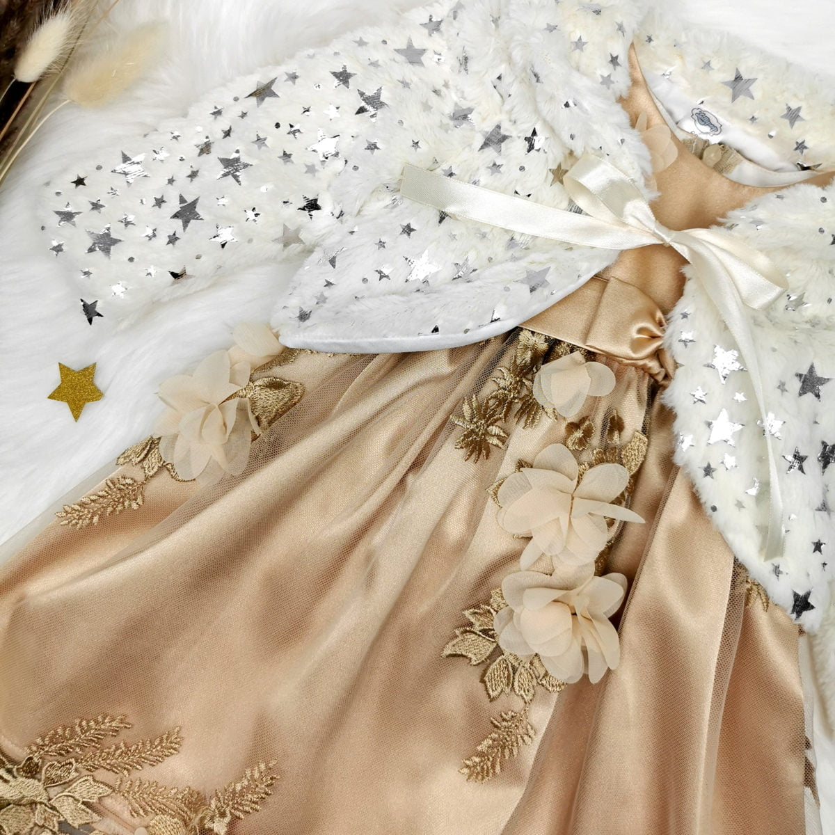 komplet zlatna magnolia i twinkle bundica